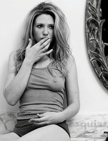 Sexy Anna Torv photoshoot high density