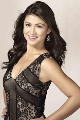 models Carla Abellana 21 years amative photos in public