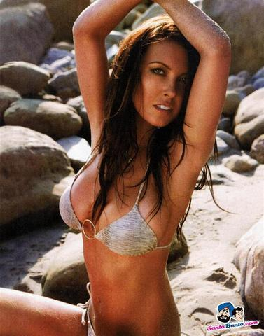 models Audrina Patridge 18 years private foto in the club