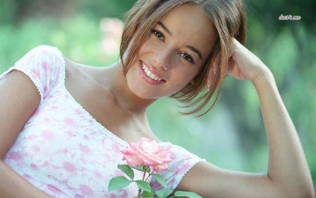 models Alizée 20 years unexpurgated photos home