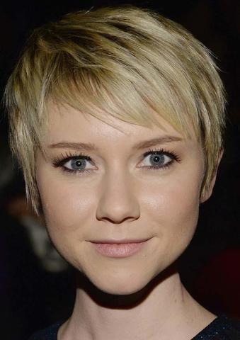 Hot snapshot Valorie Curry tits
