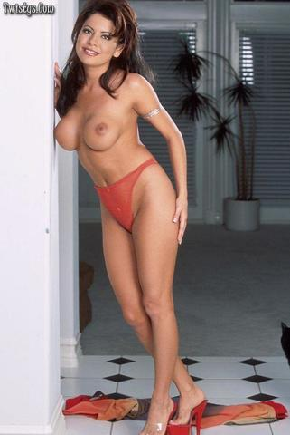 naked pictures of gina ryder
