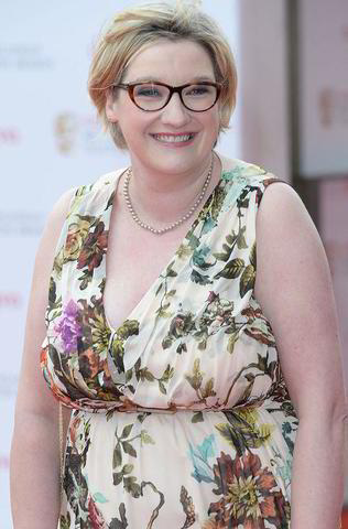 celebritie Sarah Millican 19 years Without panties pics in public