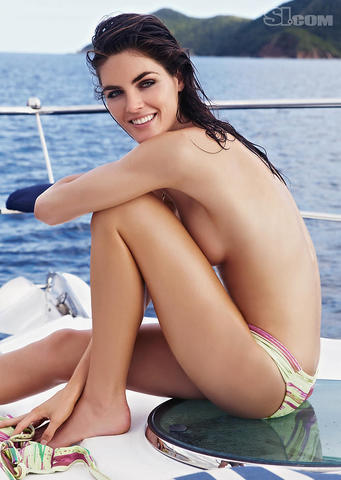 Hilary Rhoda topless foto