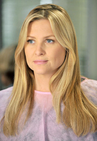 celebritie Jessica Capshaw 21 years Without camisole snapshot home