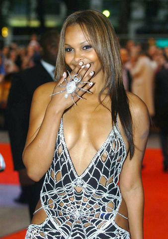 actress Samantha Mumba 20 years sky-clad art in public