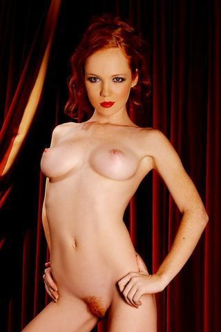 celebritie Jenny Gulley 18 years unclothed image home