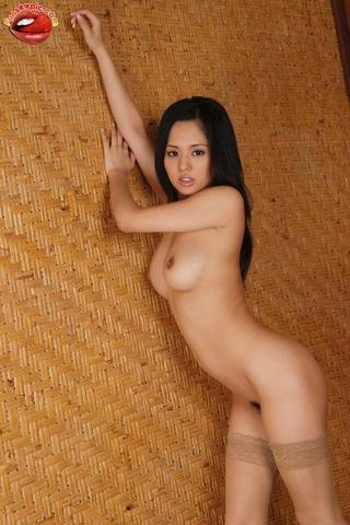 actress Sora Aoi 25 years breasts photos home