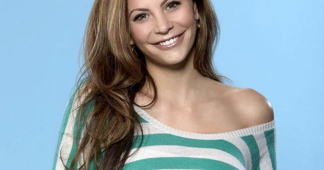 celebritie Gia Allemand 18 years spicy snapshot home