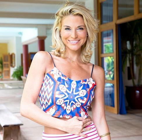 Hot photoshoot Diem Brown tits