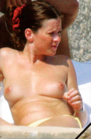 Sexy Anna Friel image High Definition