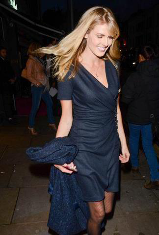 actress Donna Air 18 years provocative pics in public