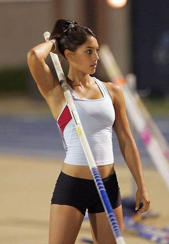 Allison Stokke topless photos
