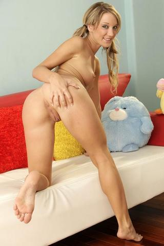 Naked Amy Brooke picture