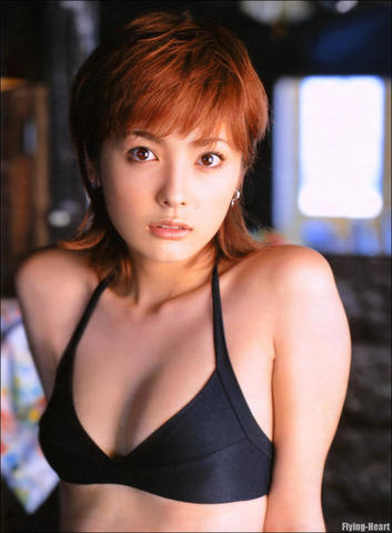 models Aya Hirayama 23 years chest photo in public