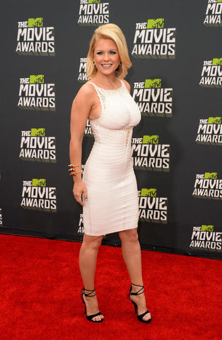 Hot photo Carrie Keagan tits