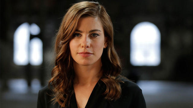 actress Brooke Satchwell 21 years sexual photography in the club
