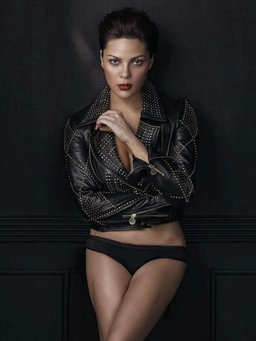actress KC Concepcion 19 years in one's birthday suit art in public