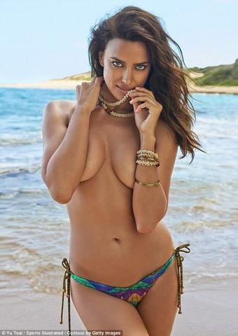 models Irina Shayk 18 years bared picture in public