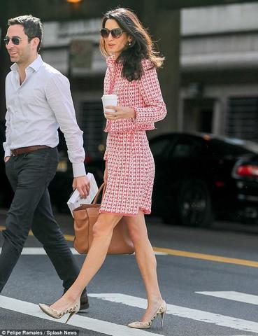 actress Amal Clooney 2015 in the buff picture in public