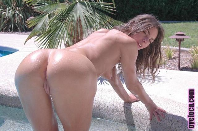 actress Naomi Russell 2015 k naked photo in public