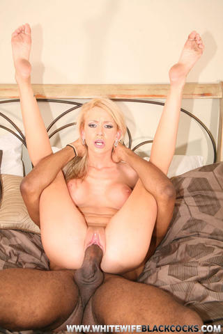 Hot picture Kaylee Hilton tits