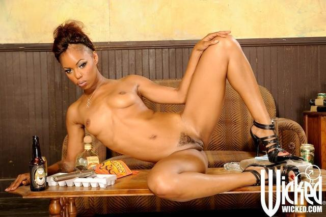 models Marie Luv 21 years Hottest photoshoot in the club