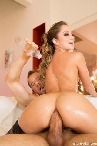 celebritie Remy LaCroix 20 years in one's birthday suit photoshoot in the club