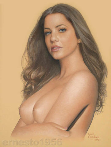 actress Julie Gonzalo 25 years pussy art beach