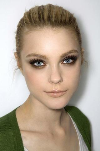 celebritie Jessica Stam young carnal photography in public
