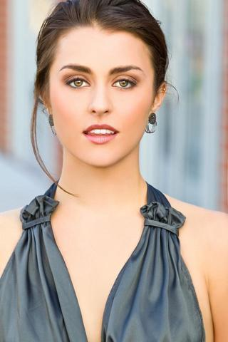 actress Kathryn McCormick 21 years rousing pics beach