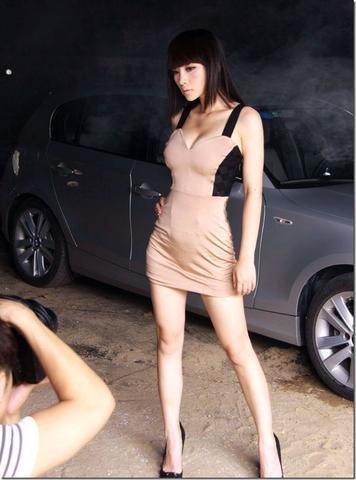 celebritie Yan Liu 24 years lewd photos home