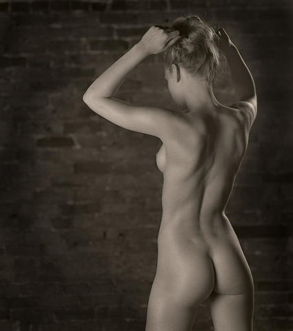 Natasa Janjic topless photography