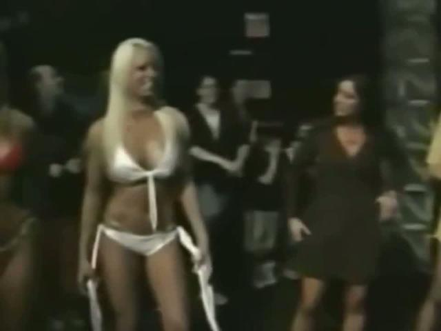 Sexy Maryse Ouellet Mizanin snapshot High Definition