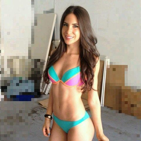 models Sandy Lakdar 18 years tits foto beach