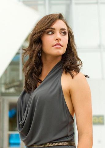 actress Kathryn McCormick 21 years Hottest photography beach