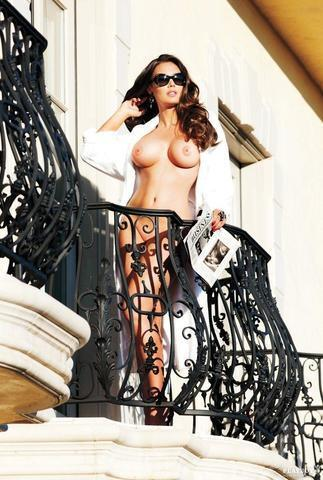 models Tamara Ecclestone 20 years indelicate foto in public