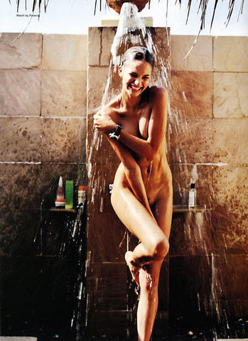 Naked Lindsay Frimodt photos