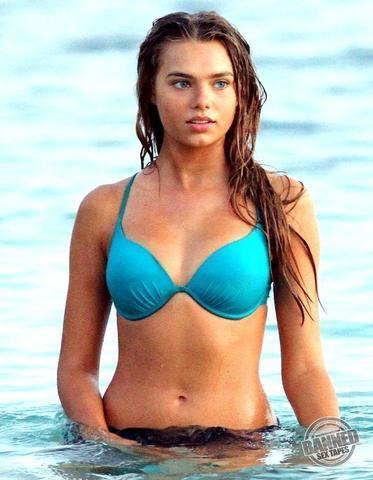 Hot photo Indiana Evans tits