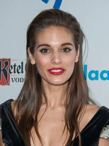 models Caitlin Stasey 23 years private image in public