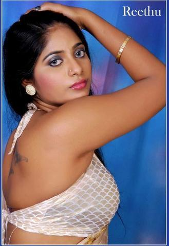 celebritie Taj Atwal 25 years sensuous photos home