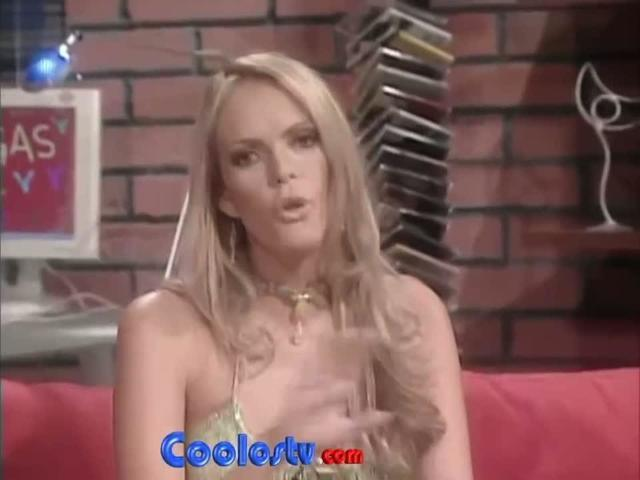 Sexy Aline Hernández picture High Quality