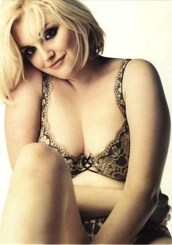 models Sophie Dahl 23 years nipple pics home