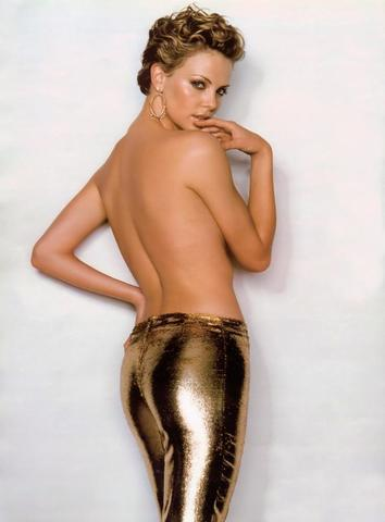 celebritie Charlize Theron 18 years sexual picture home