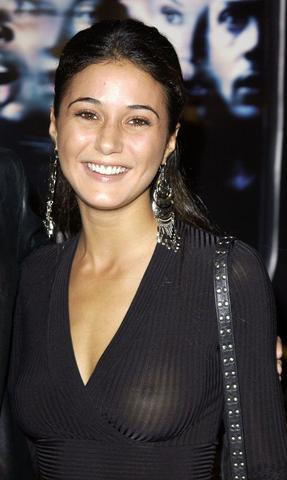 models Emmanuelle Chriqui 19 years hooters image in public