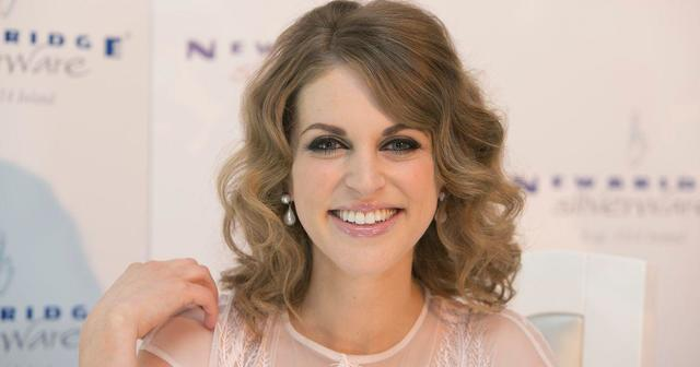celebritie Amy Huberman 24 years lewd photography in public