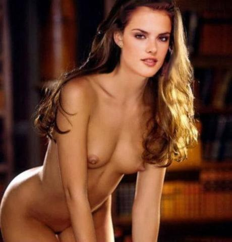 Alessandra Ambrosio topless image