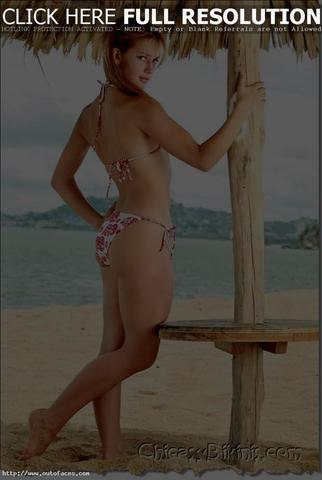 models Altair Jarabo 18 years overt photo beach