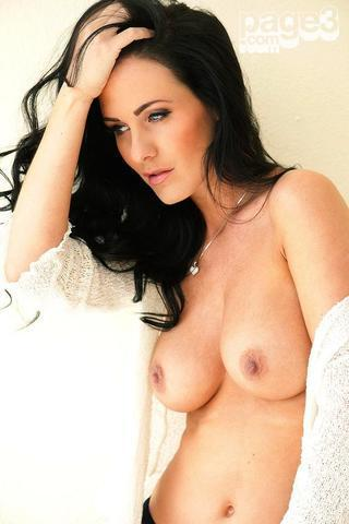 celebritie Amii Grove 21 years sexual pics in the club