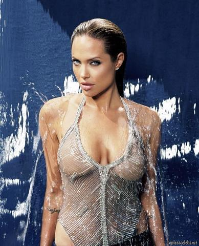 models Angelina Jolie 20 years sensuous picture in public